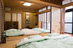 Awesome Japanese Style Apartment in Good Locartion, Apartmány  Kjóto - big - 12