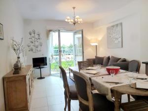 Holiday Home Villa Morny.1, Holiday homes  Deauville - big - 16