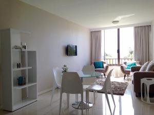 Beachbreak Holiday Letting, Apartmány  Durban - big - 13
