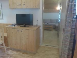 Apartment Tarcianne B12, Apartmány  Grimentz - big - 12
