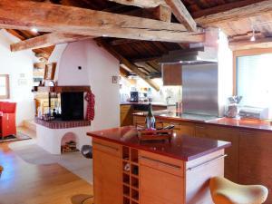 Apartment Chesa Stiffler Veglia II, Апартаменты  Понтрезина - big - 2
