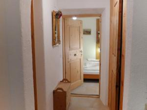 Apartment Chesa Stiffler Veglia II, Апартаменты  Понтрезина - big - 21