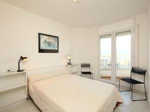 Apartment Club Nàutic.2, Apartments  Empuriabrava - big - 14