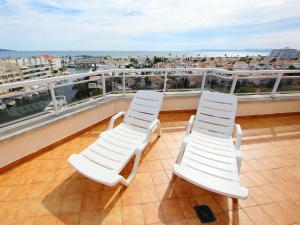 Apartment Club Nàutic.2, Apartments  Empuriabrava - big - 9