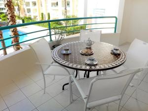 Apartment L'Open.1, Apartmanok  Fréjus - big - 5