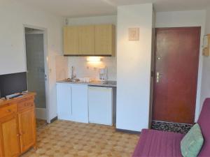 Apartment Les Balcons de la Méditerranée.1, Apartments  Narbonne-Plage - big - 14