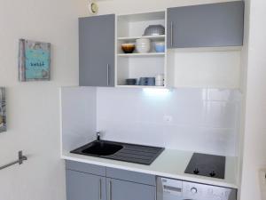 Apartment Les Balcons de la Méditerranée.17, Ferienwohnungen  Narbonne-Plage - big - 7