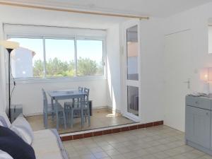 Apartment Les Balcons de la Méditerranée.17, Ferienwohnungen  Narbonne-Plage - big - 13