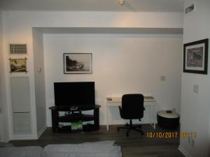 Luxury Furnished Corporate Suite in Downtown Toronto, Appartamenti  Toronto - big - 27