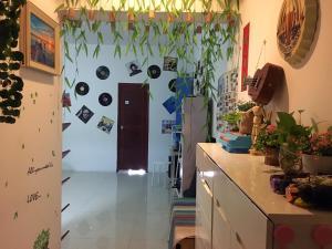 Love Journey Youth Hostel, Hostely  Kanton - big - 10