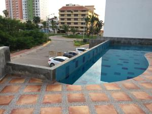 Swimming pool & Beach, en La Marina, Ferienwohnungen  Mazatlán - big - 27