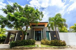 Villa Baan Bua