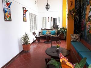 SanTonio Casa Hostal, Гостевые дома  Кали - big - 49