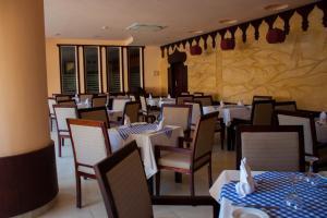 Private Apartments in Nubia Aqua Beach Resort, Apartments  Hurghada - big - 45