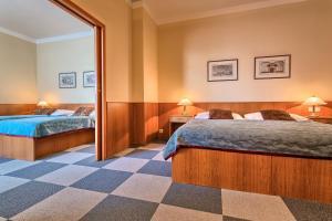 Wellness Hotel Babylon, Szállodák  Liberec - big - 36