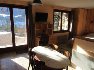 Chalet De Montagne, Ferienwohnungen  Barcelonnette - big - 13