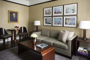 One-Bedroom Classic Suite