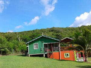Seawind Cottage- Traditional St.Lucian Style, Дома для отпуска  Гроз-Иле - big - 15