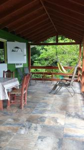 Seawind Cottage- Traditional St.Lucian Style, Дома для отпуска  Гроз-Иле - big - 17