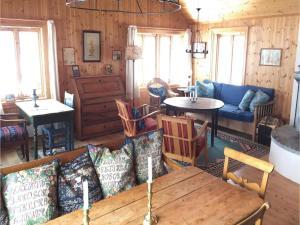 Four-Bedroom Holiday Home in Skabu, Holiday homes  Skåbu - big - 15