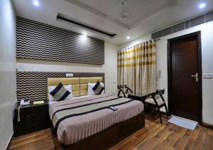 Hotel Daanish Residency, Отели  Нью-Дели - big - 49