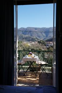 B&B La Perla Blu, Bed and Breakfasts  Levanto - big - 8