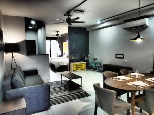 Lusso Suite Island Plaza, Apartmány  Tanjung Bungah - big - 105
