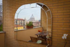 Caravaggio Mirror - abcRoma.com