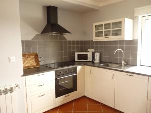 MirArte, Apartmány  Montemor-o-Novo - big - 28