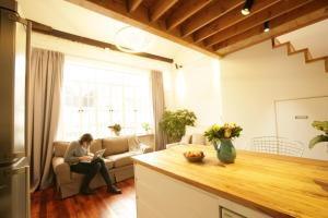 FX78 French Concession Loft & Terrace, Apartmanok  Sanghaj - big - 25