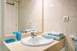 Solaga - Mariana, Apartments  Marbella - big - 29