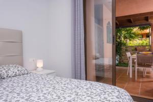 Solaga - Mariana, Apartmanok  Marbella - big - 10