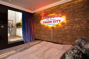 Trash City Suite