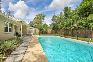 Prime Location , Private Pool , Located In Tampa, Dovolenkové domy  Tampa - big - 12