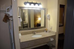 Americas Best Value Inn Saint Robert/Fort Leonard Wood, Hotels  Saint Robert - big - 3