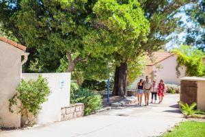 Résidence Lisa Maria, Villaggi turistici  Favone - big - 15
