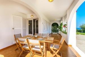 Menorca Villa Fenicia, Виллы  Son Parc - big - 45