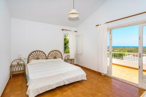 Menorca Villa Fenicia, Виллы  Son Parc - big - 53