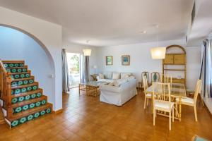 Menorca Villa Fenicia, Виллы  Son Parc - big - 36