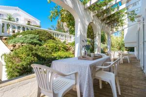 Menorca Villa Fenicia, Виллы  Son Parc - big - 16