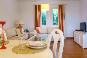 Menorca Villa Fenicia, Виллы  Son Parc - big - 5