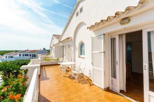 Menorca Villa Fenicia, Виллы  Son Parc - big - 48