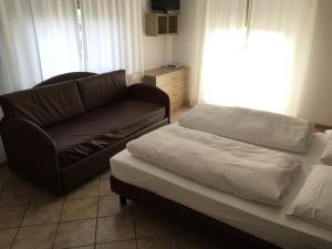 Villa Franca, Hotel  Nago-Torbole - big - 43