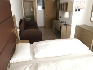 Villa Franca, Hotel  Nago-Torbole - big - 42