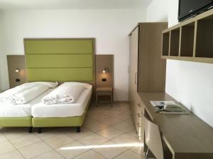 Villa Franca, Hotel  Nago-Torbole - big - 25