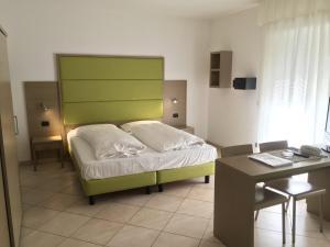 Villa Franca, Hotel  Nago-Torbole - big - 35
