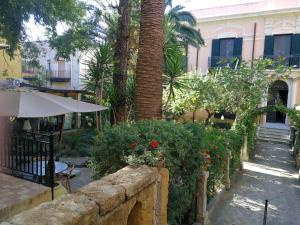 King Arthur's Houses, Bed & Breakfast  Agrigento - big - 46