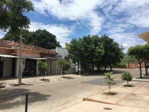 CasaBlanca ApartaEstudios, Apartmány  Girardot - big - 27