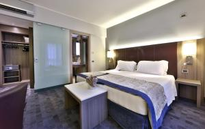 Best Western Plus Borgolecco Hotel, Hotely  Arcore - big - 16