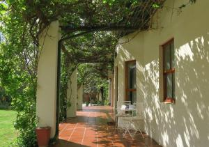 Berluda Farmhouse and Cottages, Ferienwohnungen  Oudtshoorn - big - 61